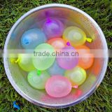 children playing water balloon non latex water balloons