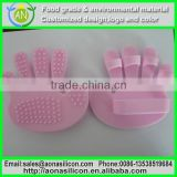 High quality food grade flexible Anti Cellulite Body Massager Silicon Exfoliater brush Glove Scrub Bath/Shower
