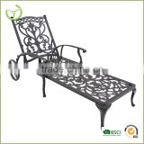 2015 Antique cast iron sun lounger sunbed with wheel for sale                                                                         Quality Choice