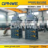 Hydraulic vertical cotton press and baling machine