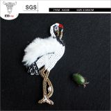 Fashion beaded Red-crowned Crane, creative beading with faux fur to make more life-like, beautiful beadwork brooch