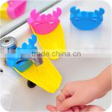 2015 child Fashion animal washing kids device necessary Baby Wash faucet extender J145