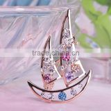 Premium brand personalized jewelry brooch Crystal sailboat new men's suits brooch pin fashion women