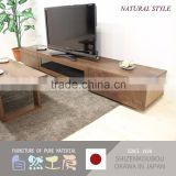Hand crafted and stylish wooden TV racks designs for living room