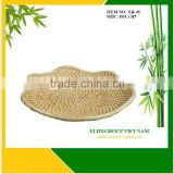 New product rattan fruit platter with natural materials.