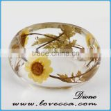 Real Daisy Flowers Preserved in Eco Resin Bracelet,resin bracelet bangle with flowers ,yellow resin bangle