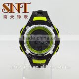 Popular digital watch with PU strap for men