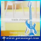 HOT Wholesale Guitar Keychains Creative Design Guitar Bass Musical Instrument Gift Fashion Keyring K0073