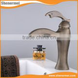OEM/ODM Antique brass basin mixer