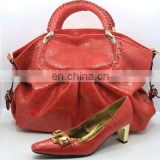 2012 hot fashion shoe and bag set