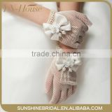High Quality Ivory Wedding Gloves With Bows For Flower Girls