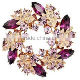 Crystal-studded chic wreath brooch scarf ring high-end apparel accessories jewelry