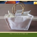 Bleaching reusable jute bag with bamboo handles