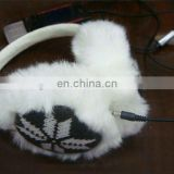 snow pattern knitting ear muffs with headphones