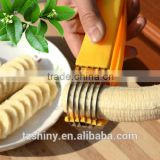 2016 New Design Plastic Banana Slice with Stainless Steel Blades Banana Cutter Banana Grinder
