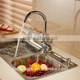 Single handle single hole spray kitchen faucet