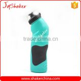 Light Green Color Easy Squeeze PE Cycling Drink Plastic Bottle with Dust Cover - One Hand Open                                                                         Quality Choice