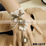 Flower Acrylic Waterdrop Beads White Lace Slave Bracelets Ring for Women