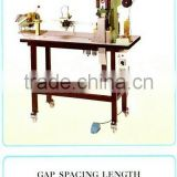 Auto Zipper Gapping & Polarizing Machine