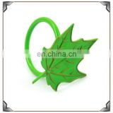 2014 newest zinc alloy enamel maple leaf shape napkin ring