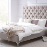 Italian Modern Furniture Supplier Wooden Fabric Bed Room Set