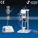 Efficient and stable semi-automatic pneumatic perfume capping machine fluid bottle cap sealer
