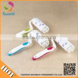 Exceptional fabric fibbed lint roller with design