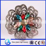 Mixed color horse eye diamond brooch