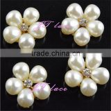 4pcs pearl rhinestone flower button - 5 pearl button with crystal centre