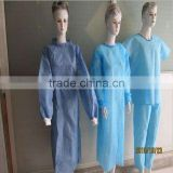 Surgical supply/disposable PP non-woven isolation gown with knitted cuff and waist tapes