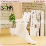 Elite Men custom logo sport cotton ankle socks,white/black whole design ankle sport men socks supplier