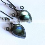 falak gems Labradorite earrings - Oxidized Sterling Silver - Bezel set earrings