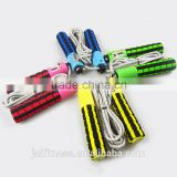 High quality Adjustable Sponge Handle Jumping Skipping Ropes Auto Counting Fitness Equipment