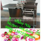 commerical fruit candy cutter machine/flat lollipop cutting machine/lollipop candy making machine
