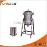Titanium rod filter for decarbonizing process