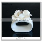modern home decor accessories white porcelain napkin ring with flower best selling                                                                         Quality Choice