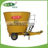 Pull-type full-time electric farm animal feed mixing equipment