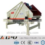 Heavy equipment sand dewatering screens for construction