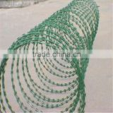 Two Strand Double Twisted Electro/Hot Dipped Galvanized Barbed farm fence used barbed wire/pvc coated dark green barbed wire