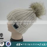 Wholesale Ribbed Beanie Bluetooth Music Speaker Hat Cap beanie with Headphone and big fur pom pom