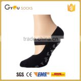 bulk wholesale custom design socks non slip trampoline yoga pilates sock for adults grip slipper socks with rubber sole