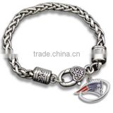 Hot Alloy NFL Charms Bracelet Antique Sliver New England Patriots Football Charm Bracelet