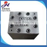 Extrusion mold for plastic profile