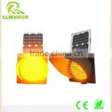 Factory supply competitive price solar powered led road safety flashing warning light