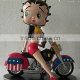 Wholesale Resin Craft Betty Statue, Bicycle Pretty Betty Model, Betty Boop with Motorcycle