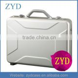Silver Aluminum Business Traveling Laptop Attache Suitcase Aluminum Tools Briefcase With Combination Lock ZYD-SM111906