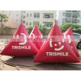 inflatable buoy in triangular shape for water event promotion
