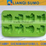 Plastic bear shape ice cube tray