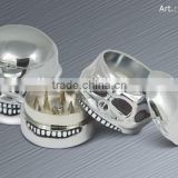 Herb grinder, tobacco grinder in 3 layers, metal grinder, diameter 48mm, shining skull shape