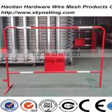 red powder coating crowd control barriers temporary fence with reflactive stripes for france market